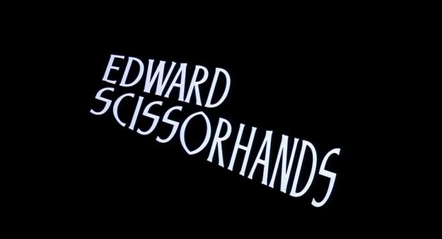 Edward aux mains d'argent - générique